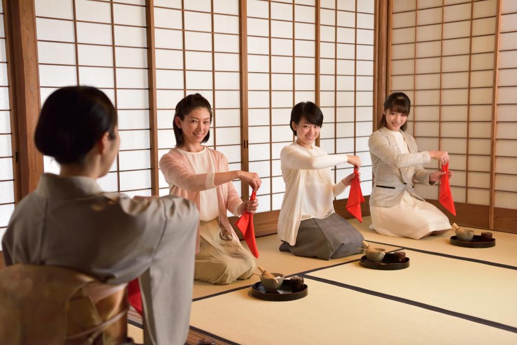 初心者のための 茶道教室