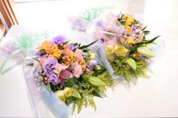 【特典3】両親贈呈用花束プレゼント